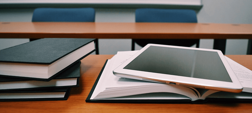 Online Learning vs Traditional Learning On Global Knowledge Hub